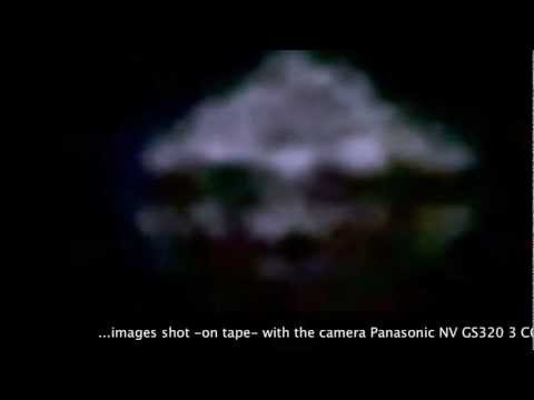 UFOs-USOG Cognito-Footage July 31,2011-Start 2 45 AM - Amazing!! - Seen in Vancouver, BC as well....