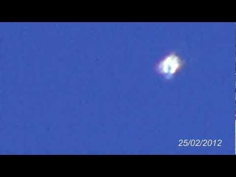 UFO-light in the sky on 25.02.2012 - This IS nice!!!