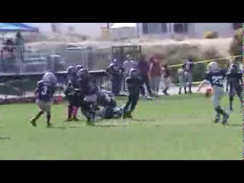 "10 Year Old Running Back Amir ""A-Train"" Bankhead's 2013 Offensive Highlights"