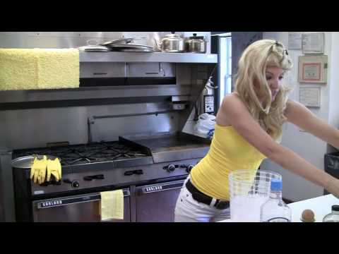 Cooking with Cleavage
