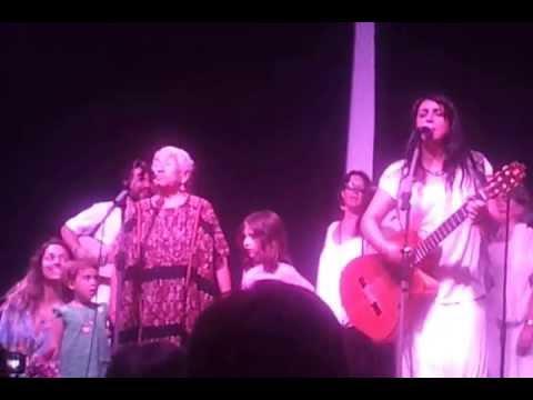 Amparo Sanchez y La Abuela Margarita  Barcelona 4-07-013