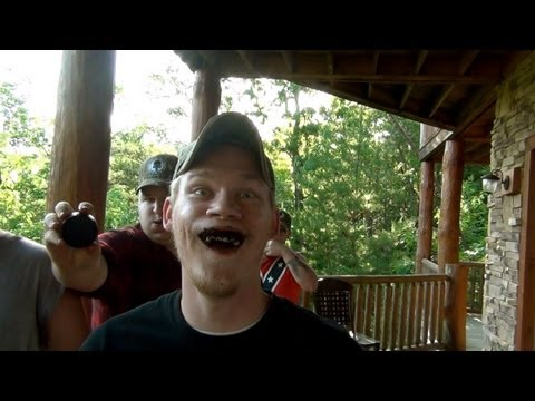 14 FULL CANS OF DIP AT ONCE! (Youtube Dippers Retreat 2013)