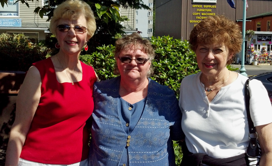 Grace,Gebbie, Kathy Suiter, and I \