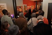 toutes les photos ( du mari d' Olivia Billington) de la soirée de dédicaces des auteurs de Chloe des Lys à l' espace Art Gallery d' Ixelles, ce samedi 23 octobre
