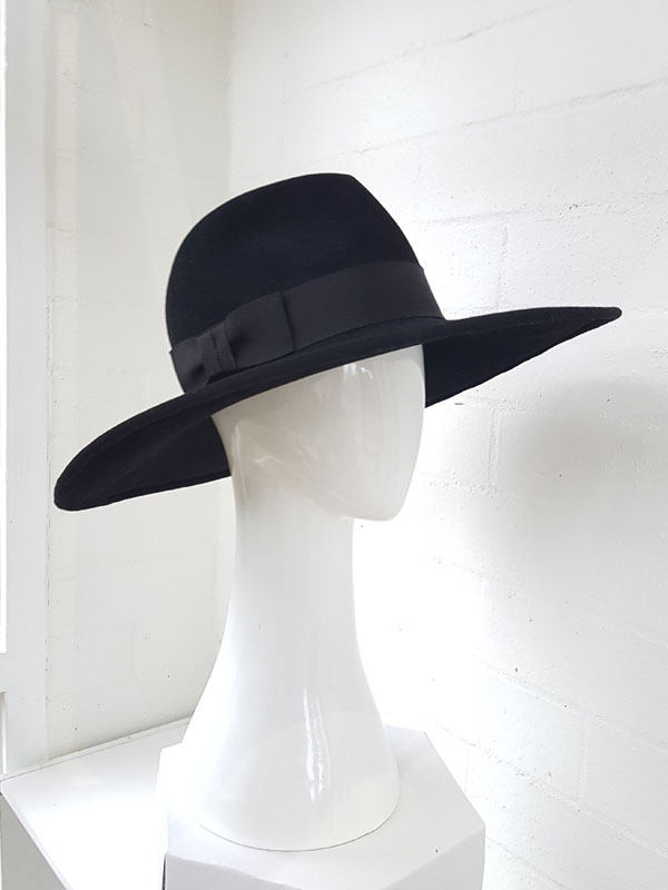 CT-black-fur-felt-fedora-hat-5