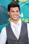 Teen Choice Awards-Taylor Lautner