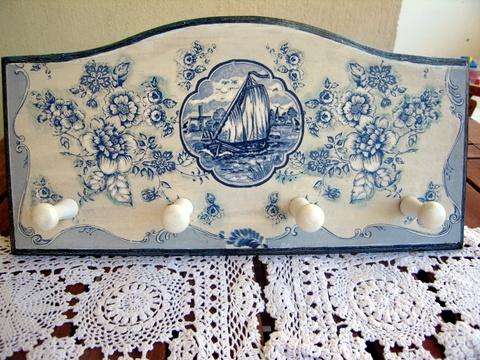 κρεμάστρα για παραδοσιακό κυκλαδίτικο σπίτι
