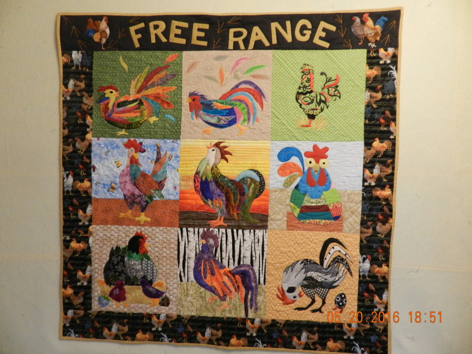 rambuncious rooster & funky chicken wall quilt