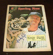 sparky lyle signed 8/12/1972 issue of the sporting news