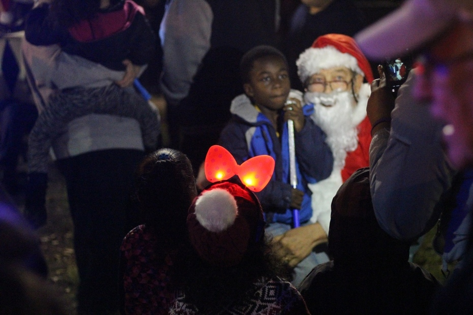 2015 Q River Tree Lighting Celebration