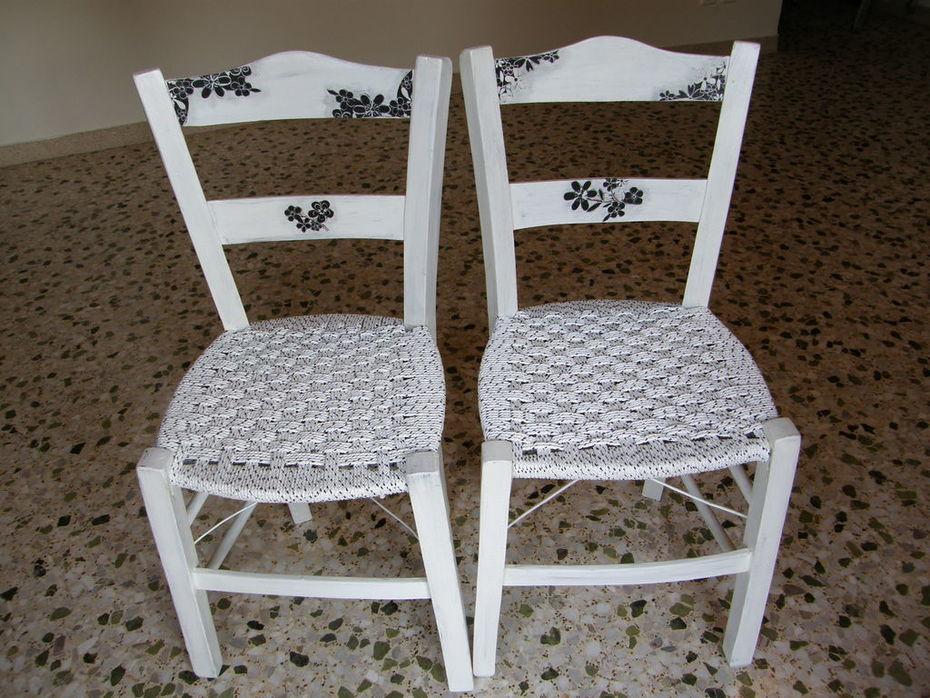 Καρέκλες καφενείου για τον Χρήστο και την Κατερίνα