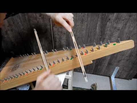 Spotted Pony on bowed psaltery プサルタリーで弾くスポティッド ポニー