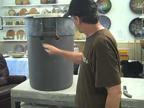 How to fabricate a large splash pan for a potter's wheel