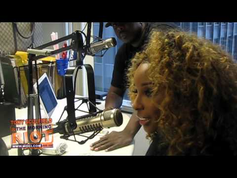 Necole Bitchie talks blogging with the Morning Riot