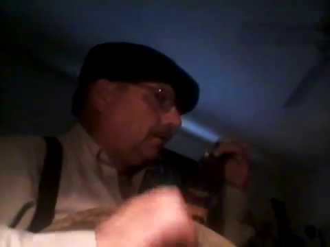 "First ""Selfie"" Video: Minstrel Banjo Warmup Tune W/ Blooper"