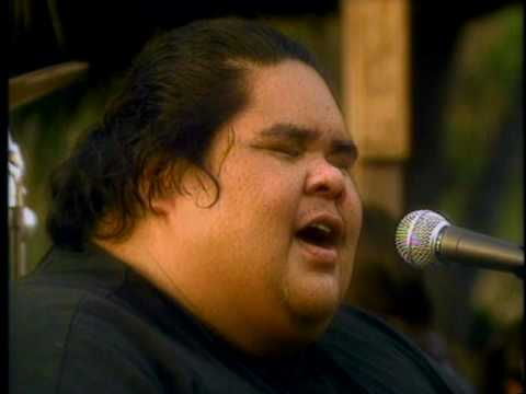 Israel Kamakawiwo'Ole 'IZ'  'Somewhere Over The Rainbow' HQ