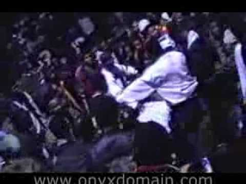 Riot breaks out at ONYX concert in Newark, New Jersey