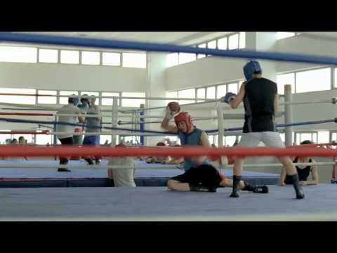 China Nike 2011 Just Do It Commercial - Use sports - yòng yùn dòng - 用运动