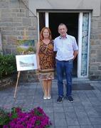Les 2 artistes prêts à accueillir les visiteurs de l'exposition.