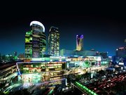 centralworld-centralworld-in-bangkok-thailand-is-the-fifth-largest-shopping-mall-in-the-world