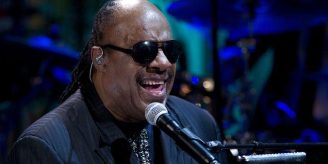 Stevie Wonder Says He Will Undergo Kidney Transplant