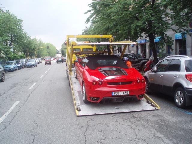 Driving Ferraris in Munich