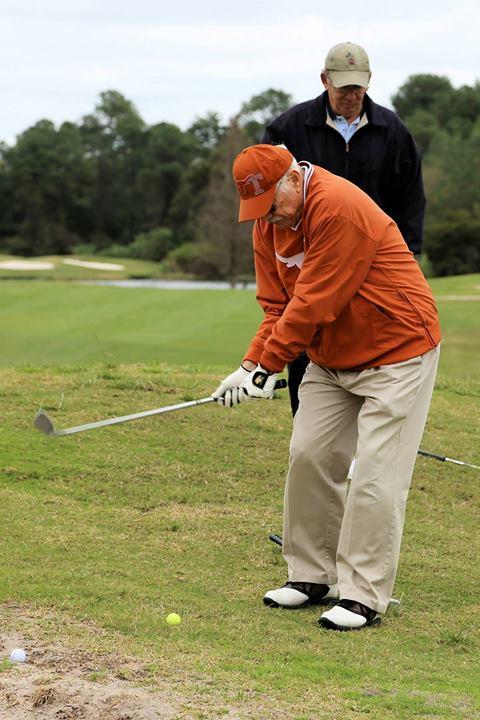Kiwanis golf outing