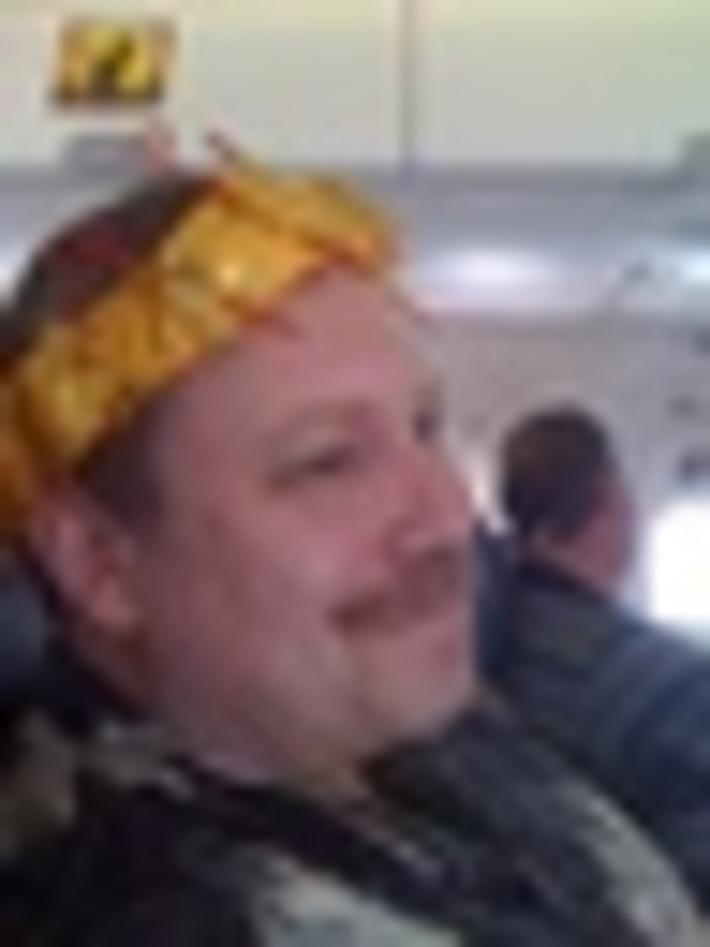 SWA Flight Attendants Crown Ralph Paglia on Way to Digital Dealer 7