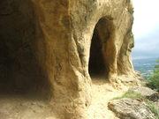 маленькие пещеры