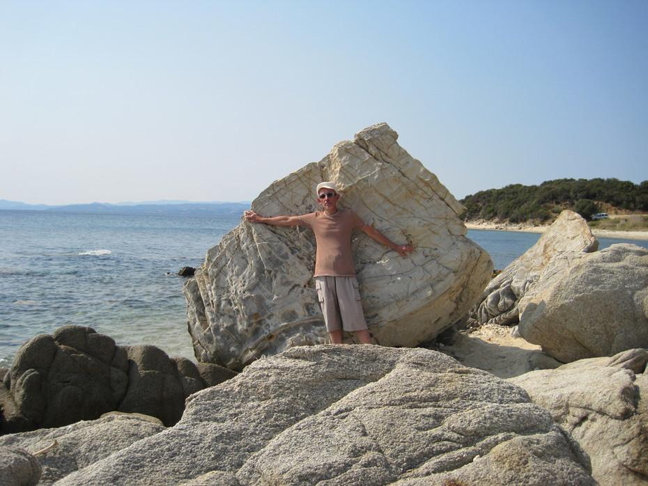Прибрежные камни-1