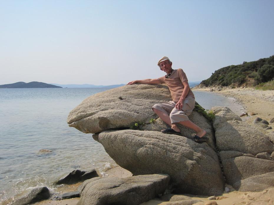 Прибрежные камни-2