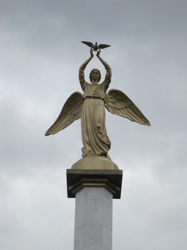 Ангел в городке Иериссос