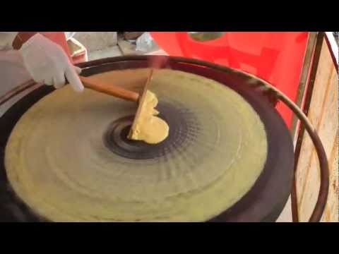 Beijing jianbing (北京煎饼) - China Eats series 2011