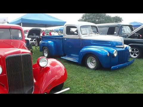 Classics, Hot Rods,Pickups and Cool Rides At the Contry Cruisers of Lebanon County Cruisin Rt322