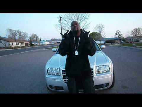 "C-SICCNESS ""FLAKEY AZZ ARTISTZ"" OFFICIAL MUSIC VIDEO-(HD WIDE)"