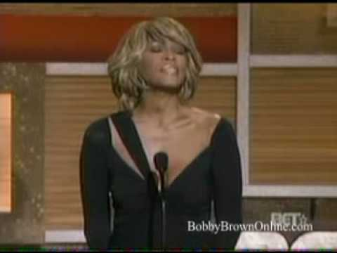 Whitney Houston Pays Tribute to Luther Vandross (2005)