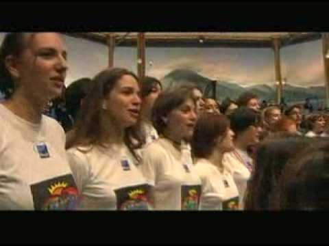 We are the world - Mariah Carey, Pavaroti, Gloria Estefan, Lionel Richie, Westlife, Laura Pausini