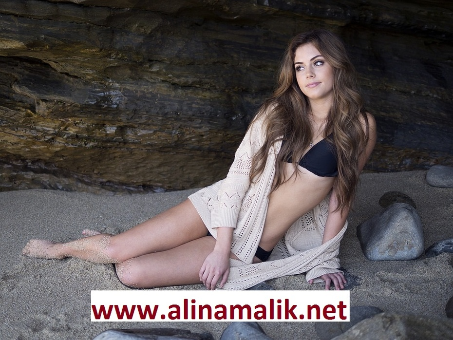 Alina Malik: Independent Sexy Call Girl in Pune Escorts Services