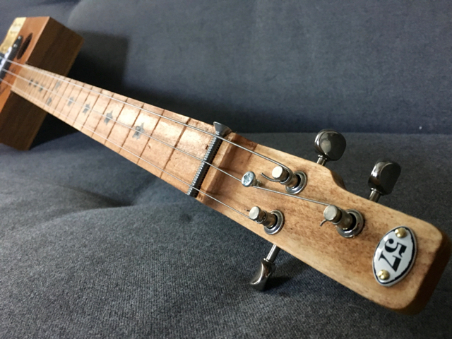 Build #7 headstock view