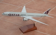 Pacmin 1:200 Qatar B777-300ER