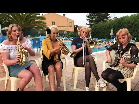 Greetings from   Italy - Jazz me Blues - Gunhild, Nanna, Petronella Linnea Carling