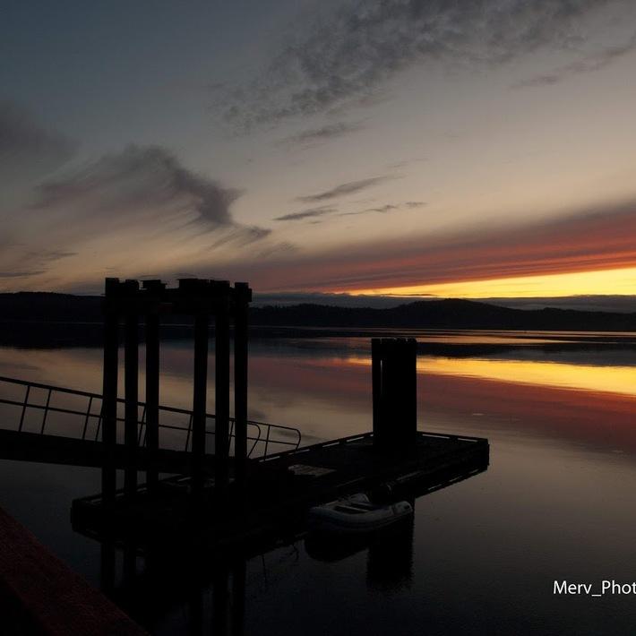Sunrise at Fernwood Dock