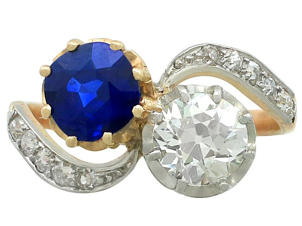 1.55 ct Sapphire and 1.34 ct Diamond, 18 ct Yellow Gold Twist Ring - Antique French Circa 1910