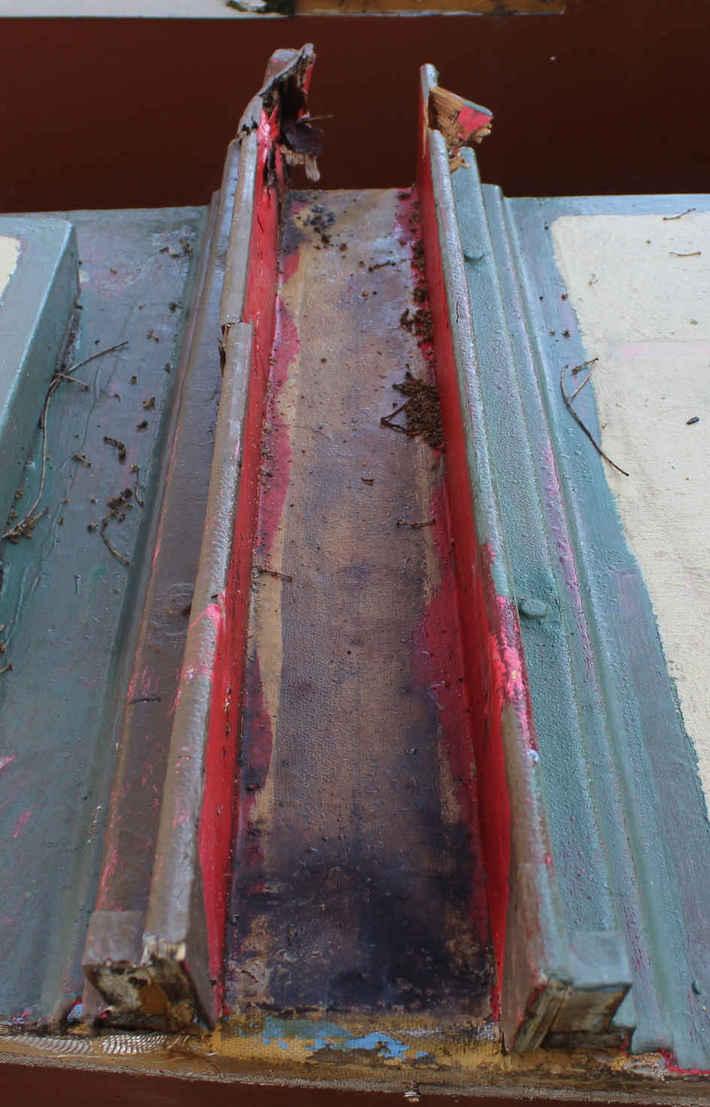 Hinemoa beam trough broken