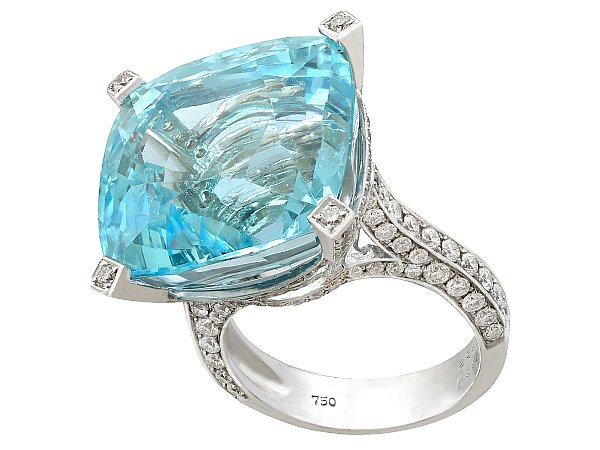 25.61ct Aquamarine and 3.02ct Diamond, 18ct White Gold Cocktail Ring - Vintage Circa 1990