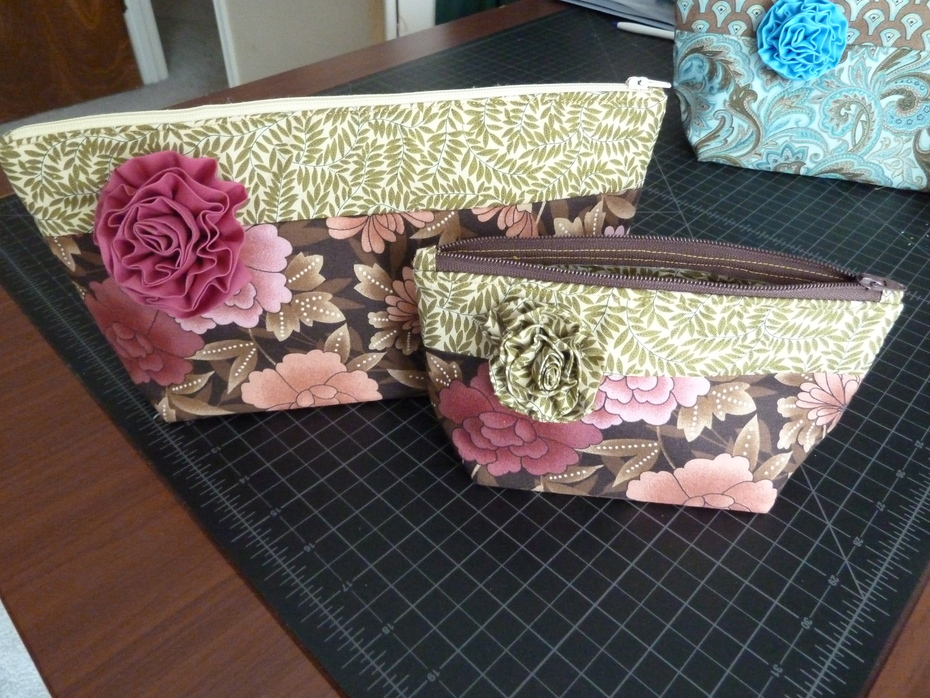Large and small cosmetic bags