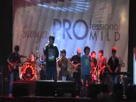 Lembayung and friends - one drop (Bob Marley).flv