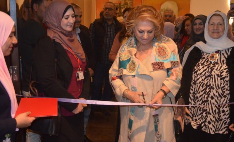 """""""معرض الفن التشكيلي الدولي بعنوان """"الفن ثقافة وتاريخ الشعوب"""