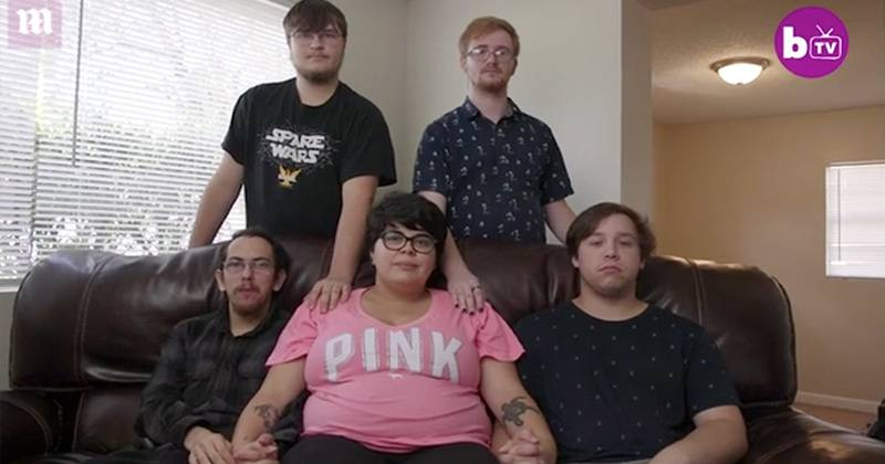 "Woman In ""Throuples"" Relationship With 4 Men Is Pregnant - The Future"