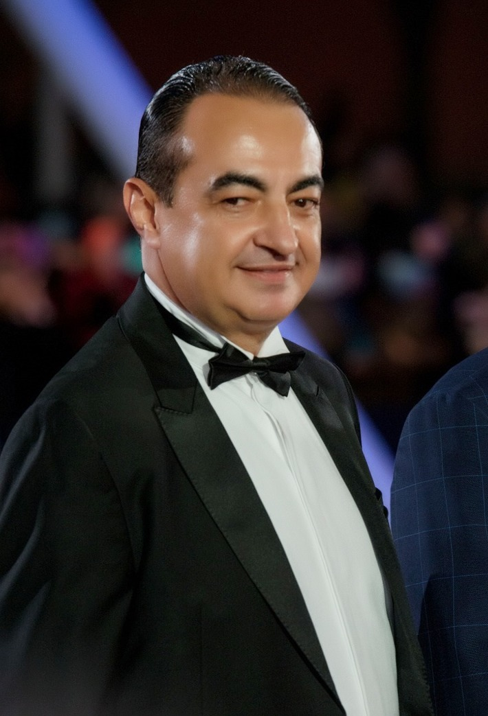 Mohamed Dekkak attends the closing ceremony of 18th Marrakech Int'l Film Festival #FIFM2019 #fifmceremony #fifmmoments #JemaaElfna #redcarpet #filmfestival #festivalinternational #marrakech #mohamedde